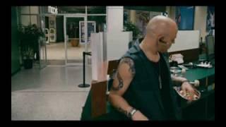 Clip 001 - Héroe de Centro Comercial (Paul Blart : Mall Cop)