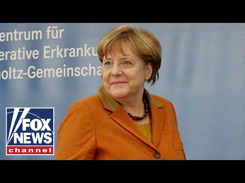 Farage: Refugee problem may end Merkel's run
