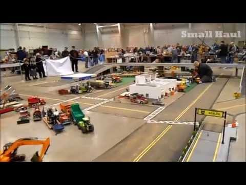 2015 Cabin Fever Expo Radio Controlled Construction Equipment in action!