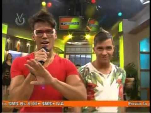 Gustavo Y Rein «Los Nene» en Portada's cantando Como Te Amo Yo