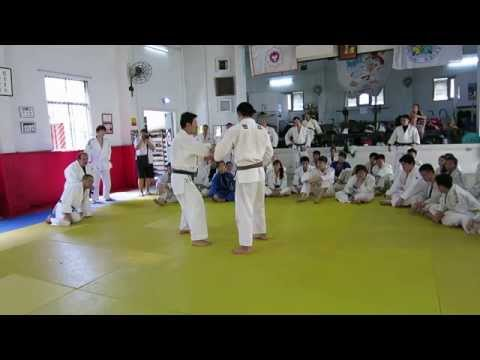 Judo Legend Jeon Ki Young: Seoi-otoshi Variation (HD) Image 1