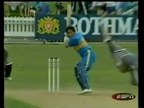 16 year old Sachin Tendulkar's first run in ODIs