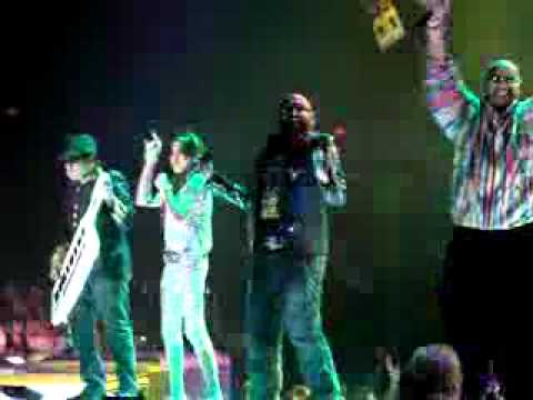 Pappu cant dance sala-A R Rehman Boston 09-22-10.flv