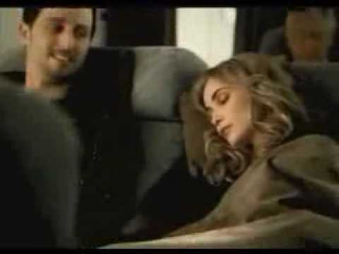 احذروا يا بنات النوم في الحافلة او الطائرة !!