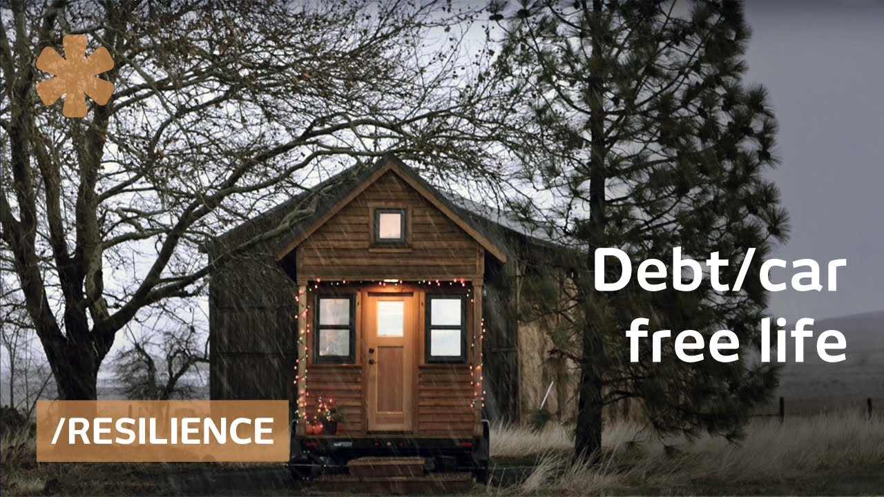 Debt car free tiny house couple simple living for Least expensive house to build