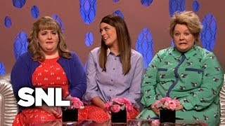 Girlfriends Talk Show: Donna Ruth Baker Discusses Hookups - SNL