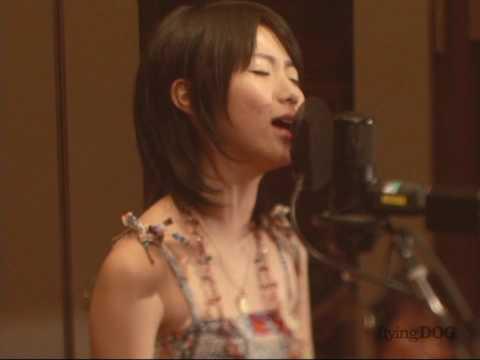 Natsumi Kiyoura - Tabi No Tochuu (Live) - Spice And Wolf OP (High Quality)