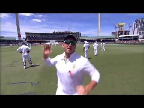 Graeme Smith gets angry at a cameraman