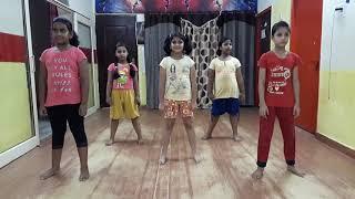 download lagu Suit Suit Karda  Hindi Medium  Akash Mourya gratis