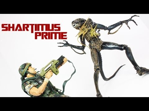 NECA Aliens Private William Hudson and Xenomorph Warrior 2-Pack Action Figure Review