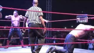 The Great Khali v/s Brody Steel