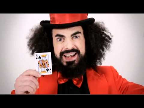 CapaRezza - Ti sorrido mentre affogo (Offcial Video)