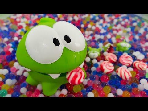 Ам Ням в поисках конфет и маленькие Ам Нямчики