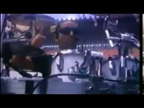 Man� - Man  Me vale Video Oficial)