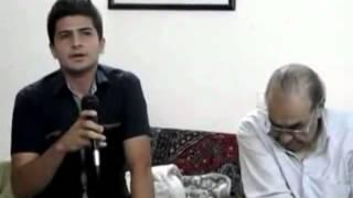 آواز خوانی جوانی در حضور ایرج خواجه امیری