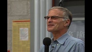 Video: Roots of the Israel & Palestine conflict - Norman Finkelstein 1/2