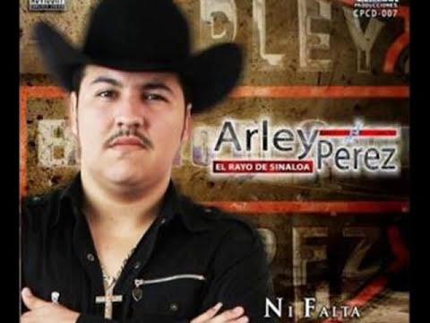 Arley Perez - El Licenciado (con banda) Nueva 2010