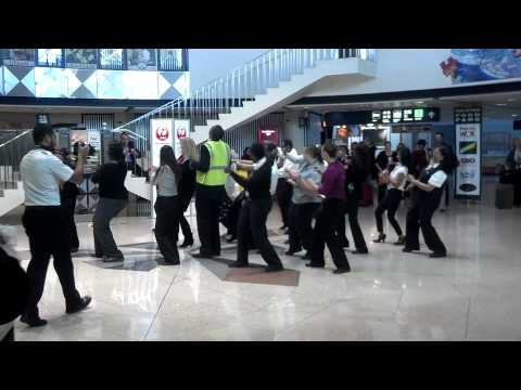 American Eagle Airlines Flash Mob Chicago O Hare