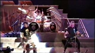 Watch Metallica 2x4 video