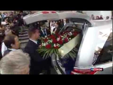 Roma disse adeus a Giuliano Gemma
