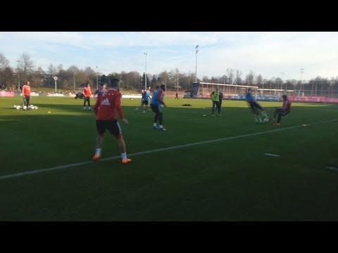 FC Bayern München: Brutalo-Grätsche gegen