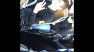 Jai (BBrave) in de bus.