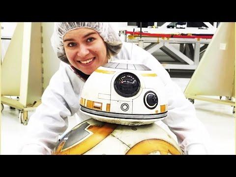 BB-8 visits the robots of Nasa   Disney