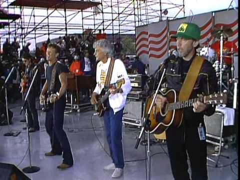 Kris Kristofferson - Me and Bobby McGee (Live at Farm Aid 1985)