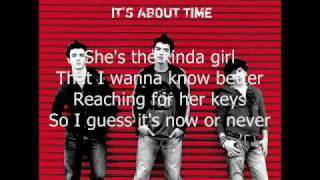 Watch Jonas Brothers 6 Minutes video