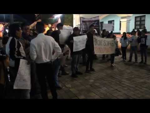 Marcha del silencio en Comitán, en apoyo a los 43 normalistas desaparecidos