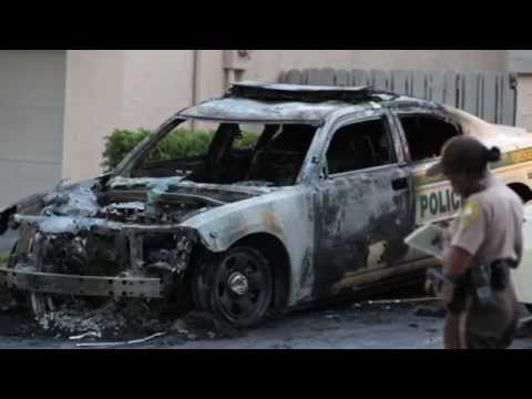 Fla. police cars torched in targeted attack