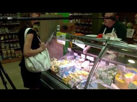 Sales steps backstage - al banco latticini - scena negativa