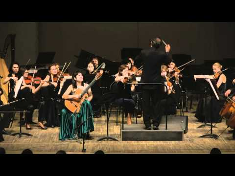 Irina Kulikova plays Sonatina for Guitar&Orchestra by Moreno Torroba