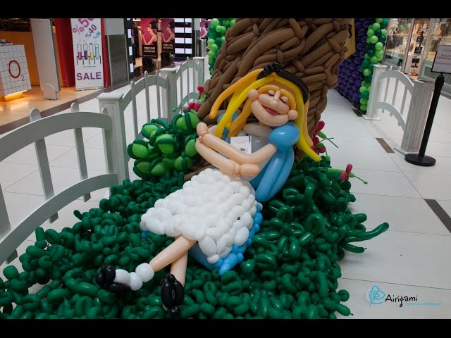 Alice in Istanbul: A Wonderland of Balloons