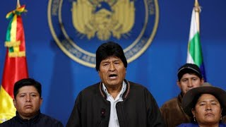 ||LIVE BOLIVIA|| Bolivian military asks Morales to resign, crowds outside government palace