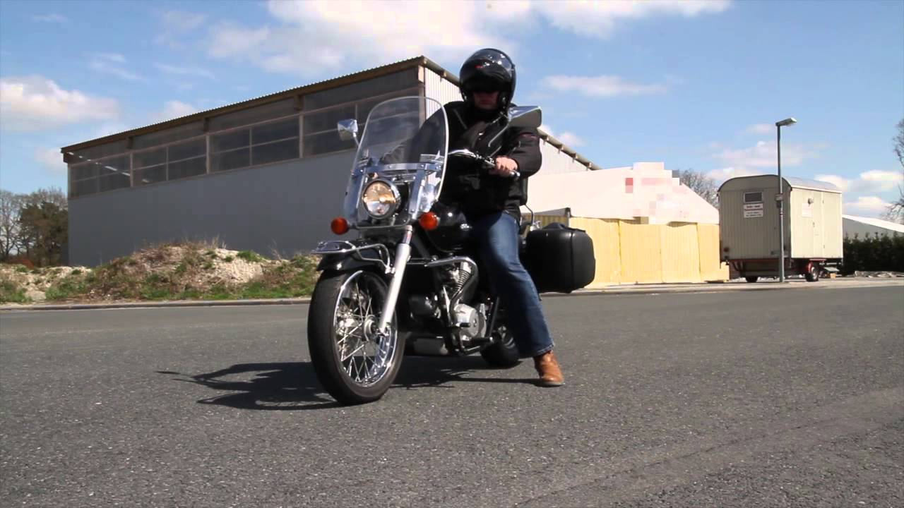 Dallas Harley Davidson >> Honda Shadow VT 125 - YouTube