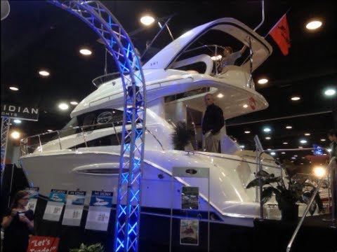 2012 Meridian 341 Sedan Bridge Yacht