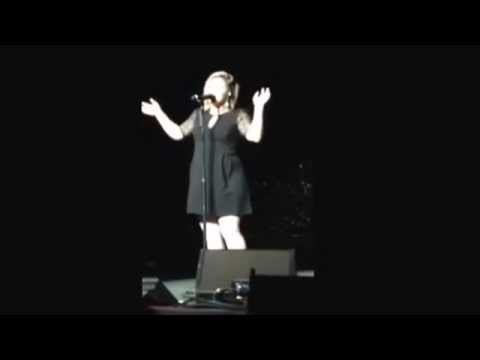 Kelly Clarkson, Microsft, 10/25. Banter about not running off and on for encore