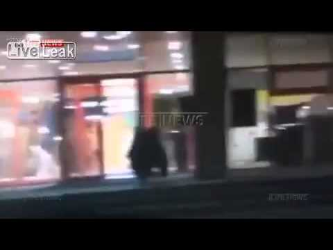Russian cops forced to take down bear in shopping centre