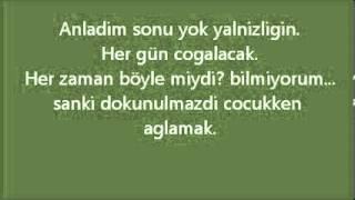Model - Yalnizlik Senfonisi ~Lyrics~