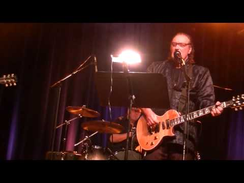 Dave Davies-Susannah's Still Alive live in Milwaukee, WI 11-11-14