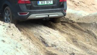 volvo xc 70 falls apart in sand