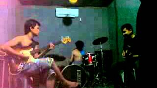 GREZZ ROCK - MENANTI KEPASTIAN ( COVER BY BLACK V ) meiky hermansyah and friend