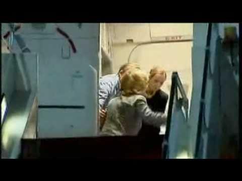 Hillary Clinton Falls Boarding Plane فضيحة هيلاري كلينتون سقطة جامدة Music Videos