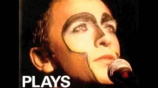 Watch Peter Gabriel Humdrum video