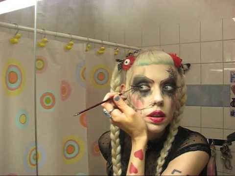 Adora's goth make-up tutorial #2 The practice