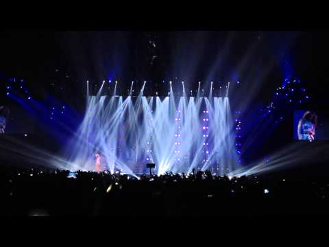 Beyoncé - Halo (with I will always love you) live Zurich