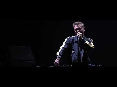 David Guetta- Levels Avicii tribute concert
