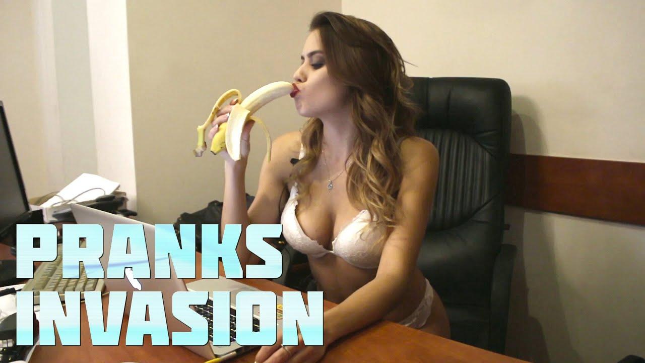 Stripper Prank (HD) | Pranks Invasion