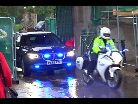 Police escorting Xi Jinping in London | 習近平在倫敦的車隊